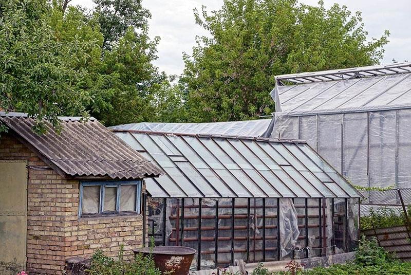Barn greenhouse plan